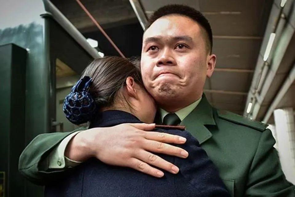 27岁封帅荣誉归来,看到妻子被欺负,弟弟被害他怒了