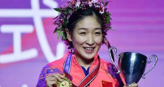 刘诗雯缺席队内赛引热议,奥运兼顾两项难度大,刘国梁有答案了吗