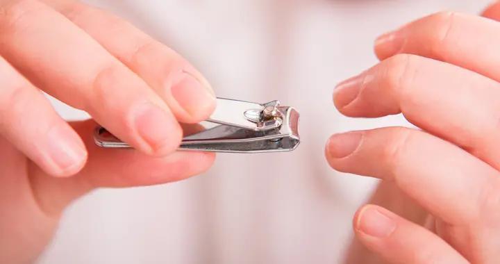 """指甲剪太短、啃手指、拔倒刺…当心染上这个""""痛彻心扉""""的病"""