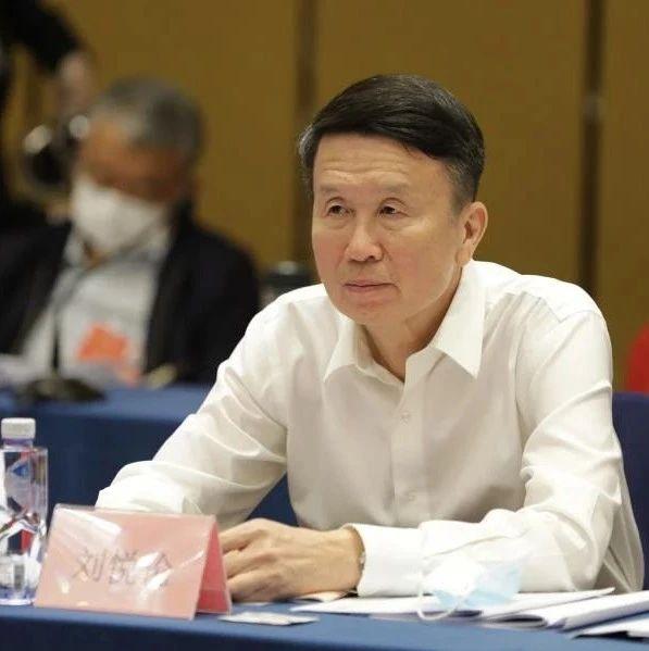刘悦伦委员:修改体检标准让糖友平等入学和考公务员