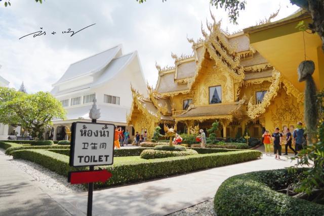 """泰国""""最奢华""""的黄金厕所,位于著名寺庙内,好多中国游客不敢上"""
