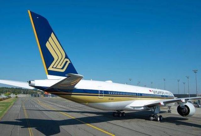 """超""""难熬""""的航班,飞一次要19个小时,飞机上配备液晶电视和网络"""