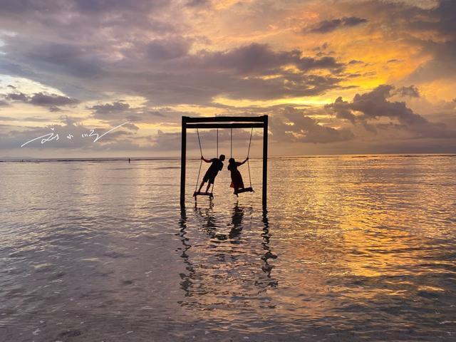 """印尼""""最美""""海上秋千,就在巴厘岛附近,却几乎没有中国游客知道"""