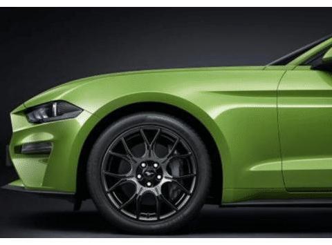 全系配沃德十佳发动机,马力299匹+10AT变速,长4米8,还是跑车