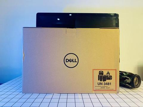 7000多元高配戴尔XPS15寸笔记本开箱体验,美版超高性价比