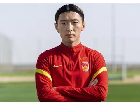 第五名国脚,申花接近签下世预赛4场5球主力,将给金信煜打替补