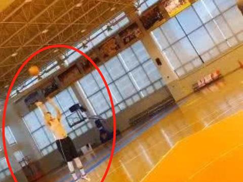 弹无虚发!广东男篮一球员苦练3分,他们都是杜锋的夺冠武器