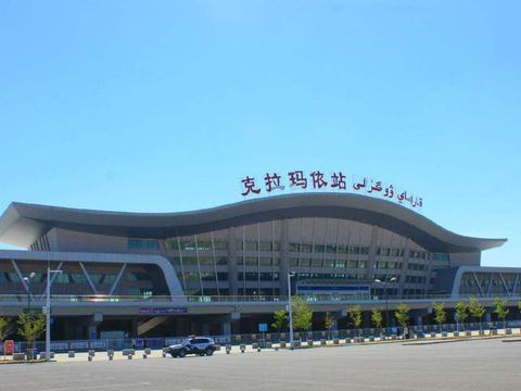 新疆克拉玛依市主要的三座火车站一览