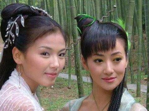 2006年,陈紫函自拍被公开售卖,一张100元,多要打8折
