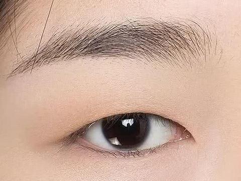 教科书级单眼皮眼妆教程,让你瞬间变漂亮