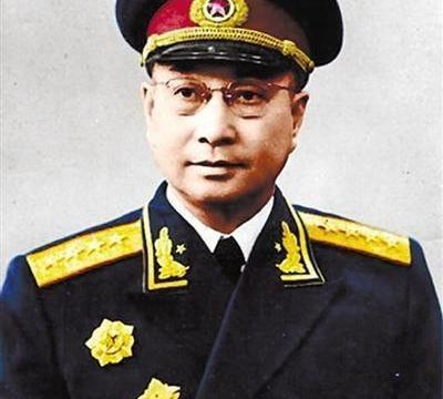 开国大将陈赓去世后,安葬在八宝山,为何50年又却被迁出八宝山