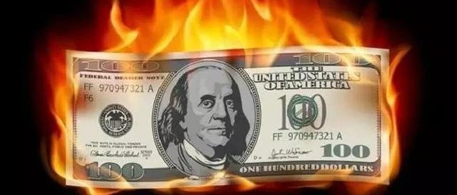 中俄等10国去美元化后,第11国突然阻止美元,蝴蝶效应或将愈演愈烈