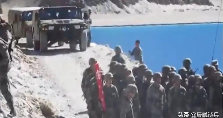 中印边境再起风云,中国多军种出击,这次会不会来个大的?