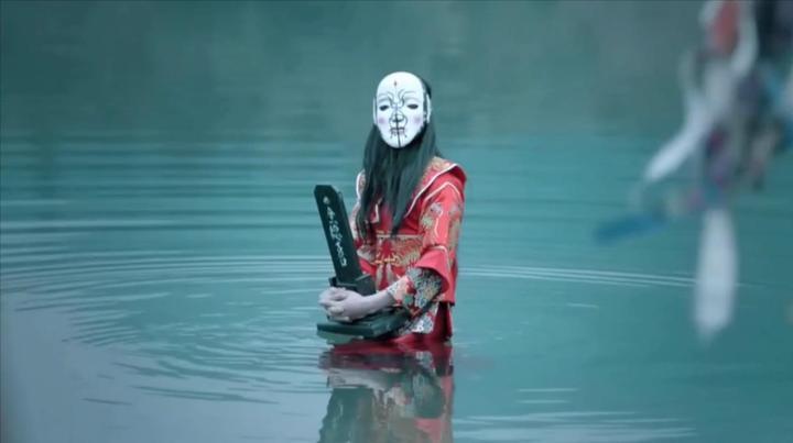 恐怖片:女孩被祭祀河神,却误打误撞超脱了生死簿,从此长生不死