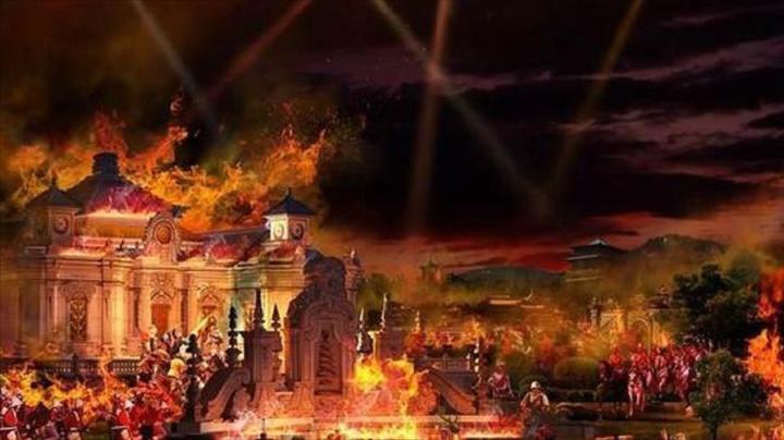 英法联军洗劫圆明园,竟是因为面见皇帝不磕头,导致火烧圆明园?
