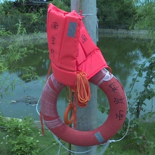 硬核!南宁一个村子43个水塘全部起围挡防溺水