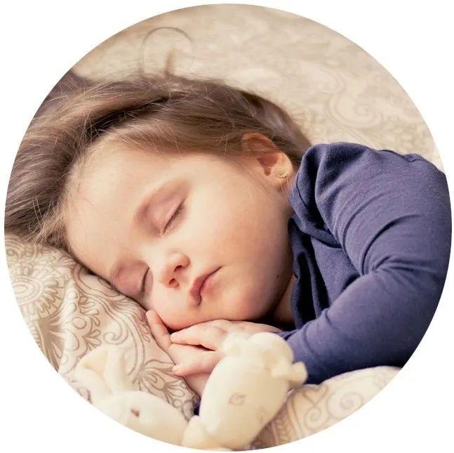 熬夜的代价付不起!晚睡1小时,心率加快40%,脂肪肝风险增加29%
