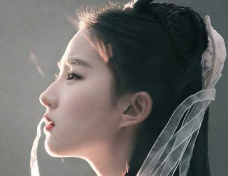 她是聂小倩原型,张国荣的女神,美艳不可方物却栽在他手上