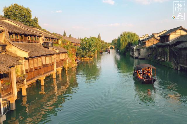 北京郊区的明代长城,全国独家的夜游体验,没有护栏更显刺激!