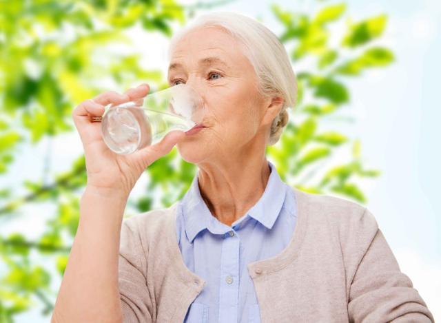 """一旦得了高血压,该如何保健?切记3个""""3"""",血压不飙升"""