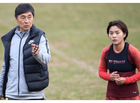 东京奥运会延期,中国女足预选赛再次推迟,好消息是王霜回来了