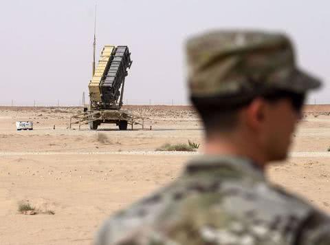 美军导弹部队出动,抢占叙利亚大油田!外媒爆料:还会有更多