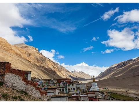 珠峰高程测量登山队成功登顶,普通游客无法登顶,也欣赏珠峰的美