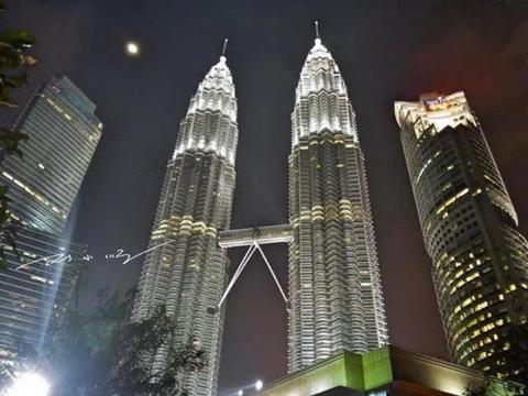 """马来西亚吉隆坡和泰国曼谷,到底哪个城市才是""""东南亚第二城""""?"""