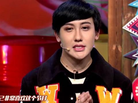 """还记得""""蛇精男""""刘梓晨吗?无美颜无滤镜下,本人比精修图帅多了"""