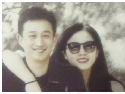 孙莉17岁就被黄磊追到手,看到她学生旧照后,难怪黄磊那么心急
