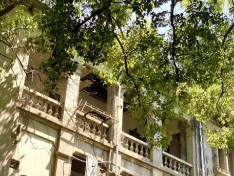 鼓浪屿上荒废的豪宅,随便一栋卖掉都是上千万,前主人为何遗弃