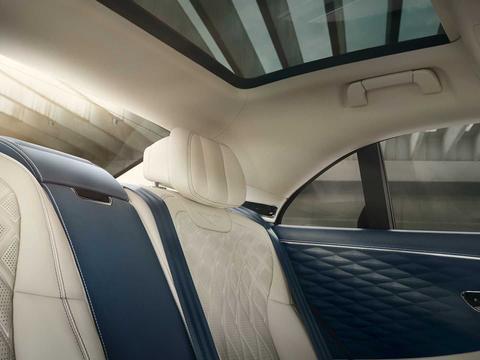 宾利飞驰推出后排豪华配置选装服务 车载冰箱/后排娱乐/音响等等