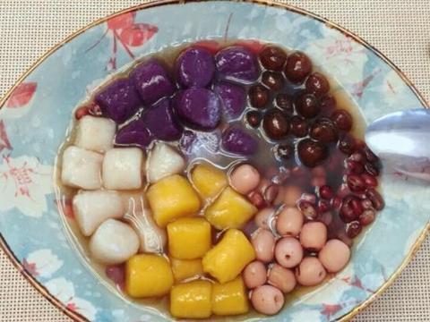 在家自制三色小芋圆,简单好上手,冰爽Q弹,吃一次就爱上!