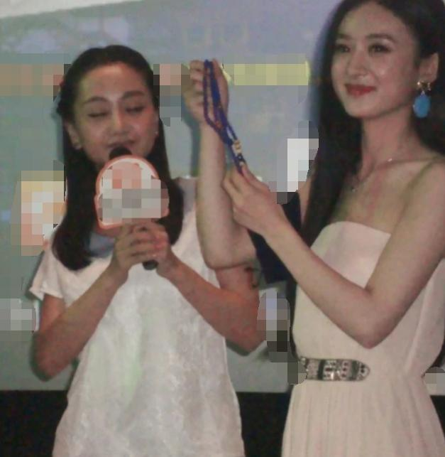 赵丽颖杨蓉7年前《陆贞传奇》见面会,看两人肤色:确定没眼花?