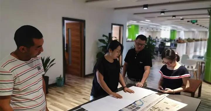广西首张4连版长卷报纸将面世,向世界展示秀美邕江