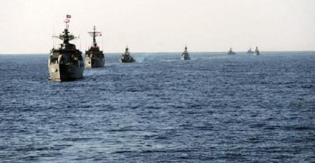 伊朗刚刚获得上百艘新战舰,还警告美海军:在波斯湾最好小心点