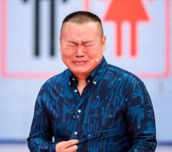 岳云鹏被霸凌的前半生:被师兄按在台上暴揍,没人把他当人看