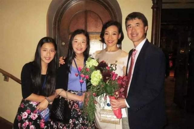 陈冲发文祝贺大女儿哈佛毕业!当年抛弃养女却成她一生的污点?