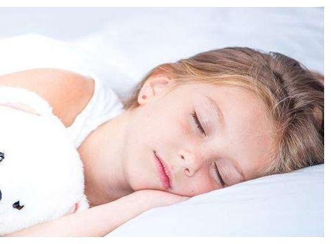 儿童睡眠时间表你看了吗?孩子睡对了,身高、智商一起长