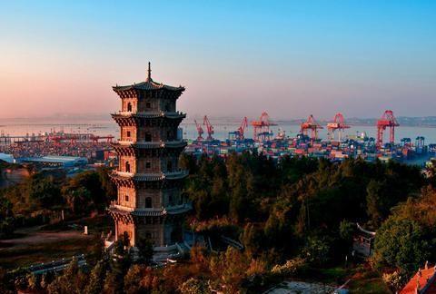 一座塔饱经风霜800多年,以此为航标,堪称世界航海史上一绝