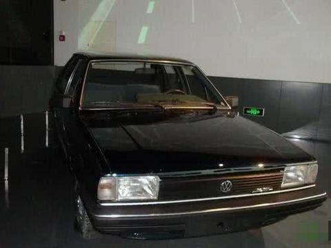 因车头两个字成无价宝,30年前的桑塔纳,被上海博物馆收藏