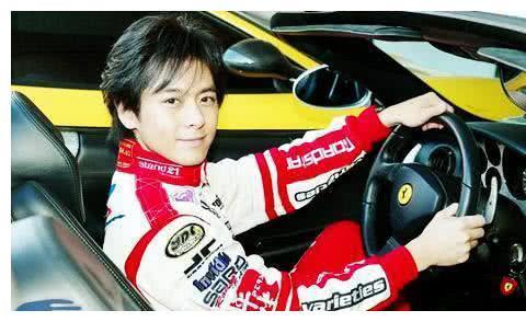 林志颖:真的是被演员耽搁的赛车手,赛车生涯历经生死
