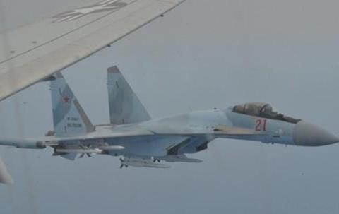 2个月内第三次,苏35高空挑衅美军巡逻机,抗议后更加明目张胆