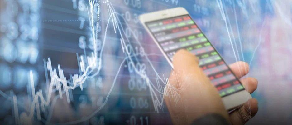 【午评】沪指小幅震荡 创业板指涨逾1% 传媒板块领涨