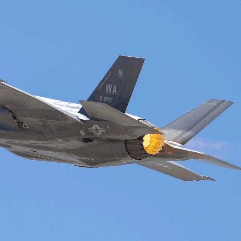 """为何F-35飞太快就会""""烧屁股""""?美国试飞员披露内幕"""