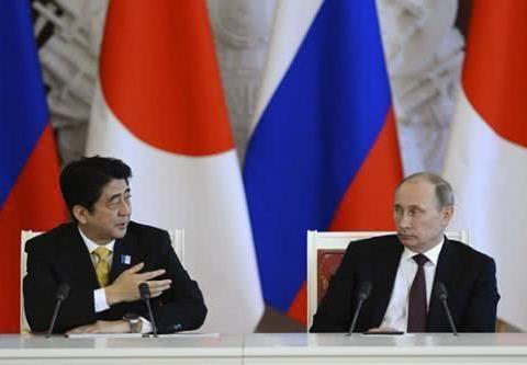 """""""拒绝普京,拥抱特朗普""""?安倍因G7线下峰会"""