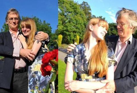 19岁大学生爱上53岁大叔,不顾家人反对与其订婚,还要为其生孩子