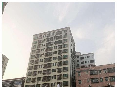 我在深圳租房的日子:电梯房一个月1100元房租,我觉得还不错