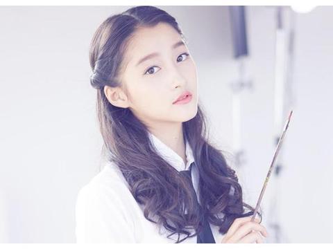 最受欢迎女演员排行:杨幂无缘前3,杨紫第2,榜首是正当红的她