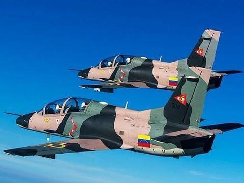 14国不惜排队购买,中国最热销战机名不虚传,300架已飞出国门